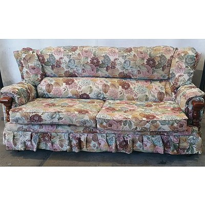Two Piece Anda Floral Lounge Suite