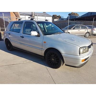 9/1997 Volkswagen Golf GL  5d Hatchback Silver 2.0L