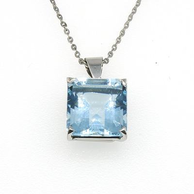 18ct White Gold and Square Emerald Cut Pale Aquamarine in a Fine Link Chain