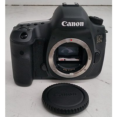 Canon (DS126521) EOS 5Ds Digital SLR Camera