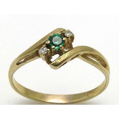9Ct Gold Emerald & Diamond Ring