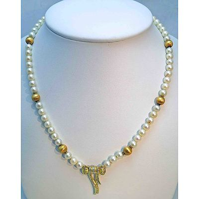Cultured Pearl Necklace - Gold Centre Bow Drop, 14Ct Gold Clasp