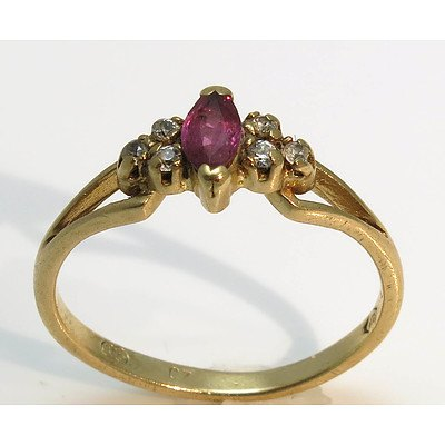 9Ct Gold Ring - Ruby And Cz