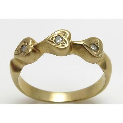 Vintage 9Ct Gold Triple Heart Diamond Ring