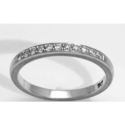 18Ct Gold Diamond-Set Ring