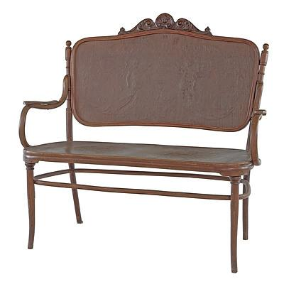 J & J Kohn Bentwood Bench with Press Moulded Back and Seat Circa 1900