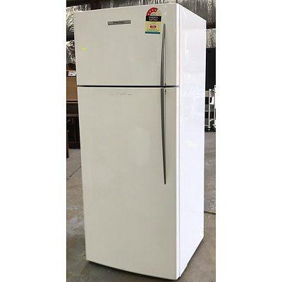 Fisher & Paykel E440T 447Litre Fridge Freezer