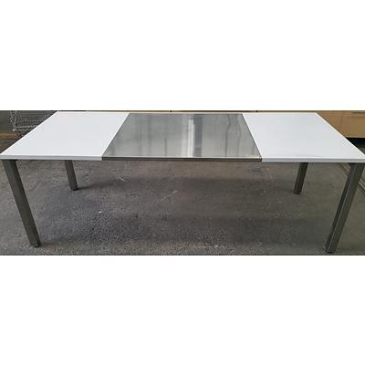 Workshop/Laboratory Table