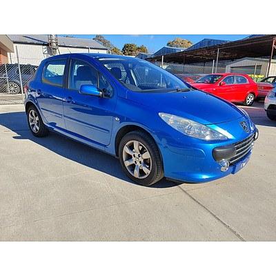 8/2006 Peugeot 307 XSE 2.0 MY06 UPGRADE 5d Hatchback Blue 2.0L