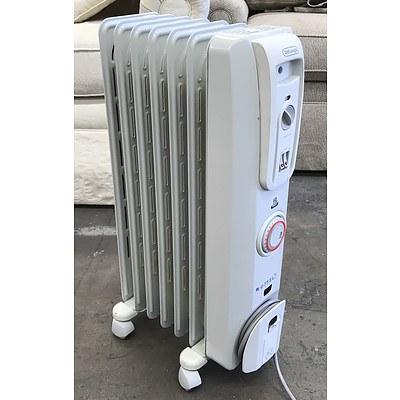DeLonghi 1500w Column Oil Heater