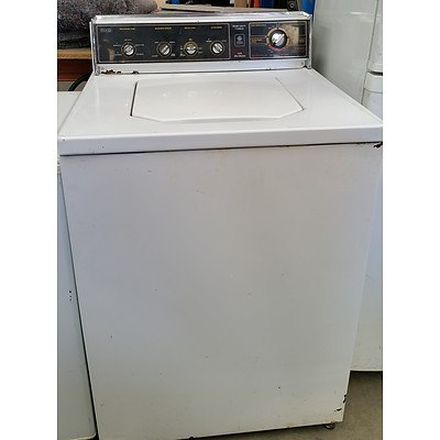 General Electric Seven Cycle Heavy Duty Washing Machine