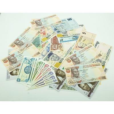 Large Group of Banknotes From South Africa, Nigeria Uganda and Zimbabwe