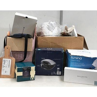 Pallet Lot of Homewares, Decorations and Appliances