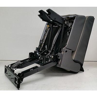 KIA 2018 Platinum Carnival Rear Under-Floor Leather Seats *Brand New
