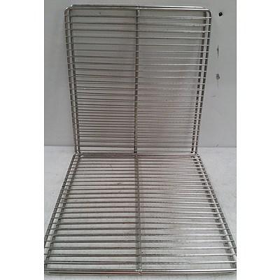 Commercial Kitchen Fridge/Oven Shelves - Lot of 44