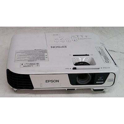 Epson (EB-U32) WUXGA 3LCD Projector
