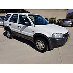 7/2004 Ford Escape XLS ZB 4d Wagon White 2.3L