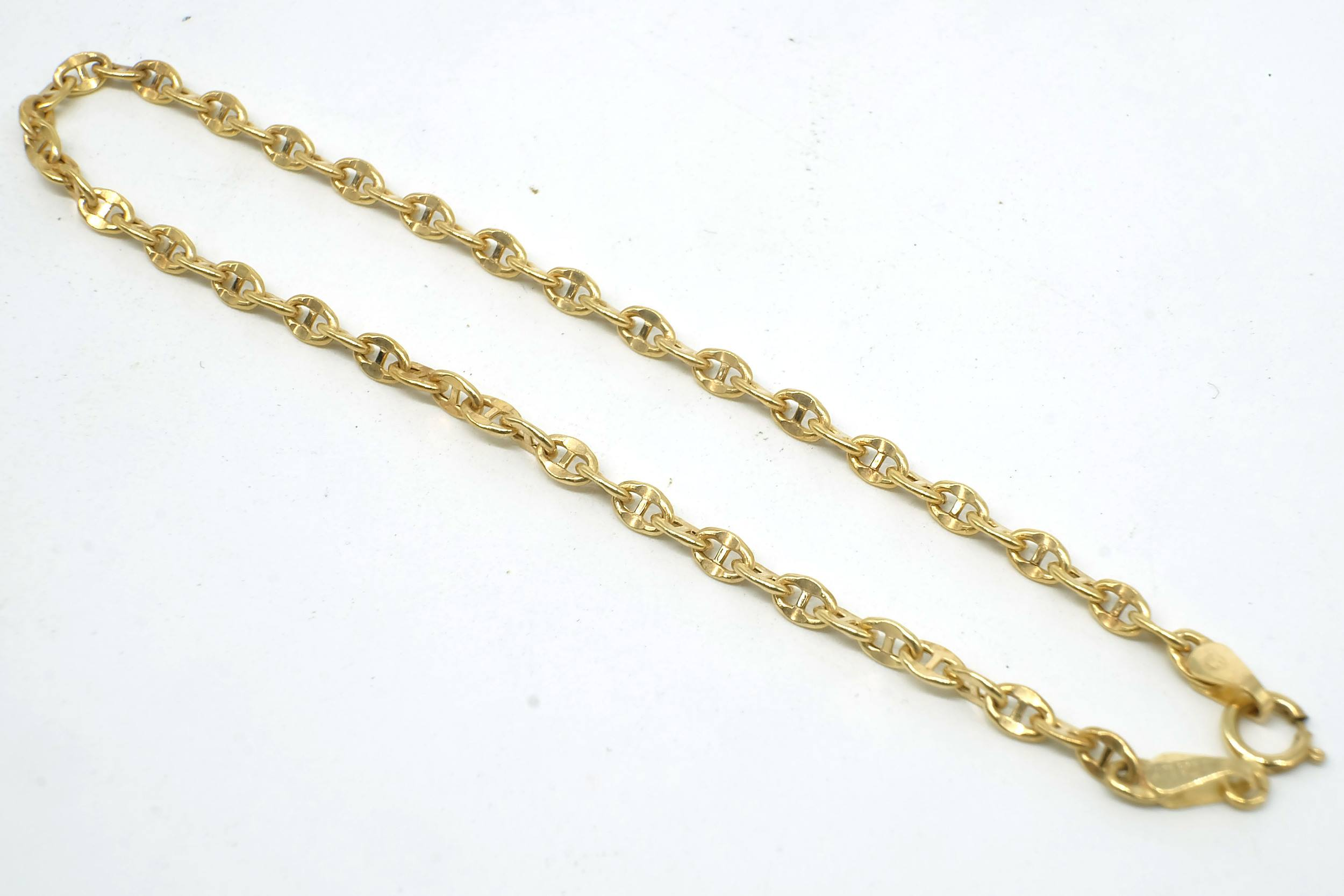 '9ct Yellow Gold Gucci Type Link  Bracelet, 1g'