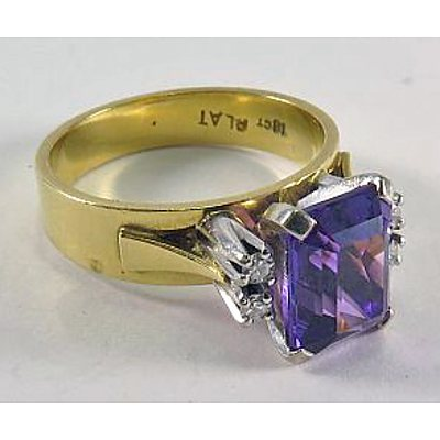 18Ct Gold & Platinum Amethyst & Diamond Ring