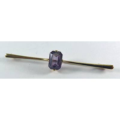 """Vintage 9ct Brooch - Set With """"""""Alexandrite"""""""" Synthetic"""