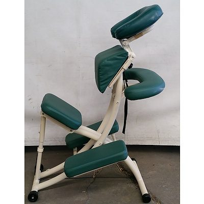Oatworks Massage Chair