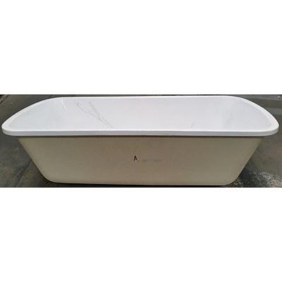 Caroma 1670mm Rectangular Bath - New