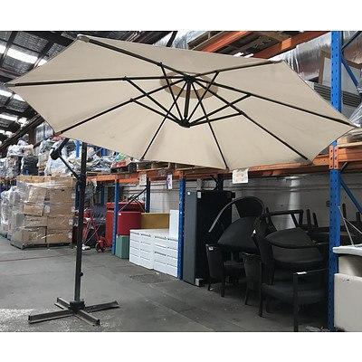 Coolaroo 3.0 Metre Beige Cantilever Umbrella