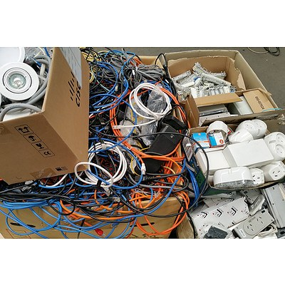 Bulk Lot of Assorted Cables & Electrical Accessories