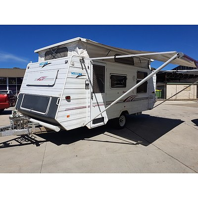 09/2004 Millard Horizon 17 Foot Poptop Camper