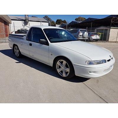 7/2000 Holden Commodore  VSIII Utility White 3.8L