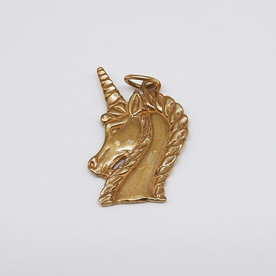9ct Gold Unicorn Charm