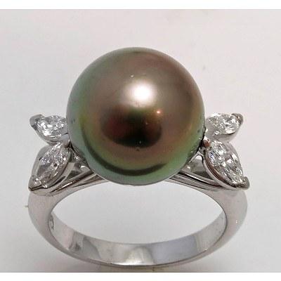 18Ct White Gold Tahitian Pearl & Diamond Ring