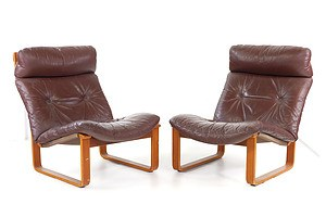 Pair of Tessa T8 Tan Leather Upholstered Lounge Chairs Designed by Fred Lowen