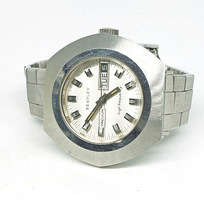 Bentley Vacuum Gents Date and Time Wristwatch