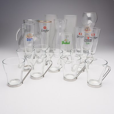 Large Lot of Glassware Including; 8 Bormioli Rocco Glasses and Decanter, Various Memorabilia Beer Glasses, Villeroy & Boch Decanter and More
