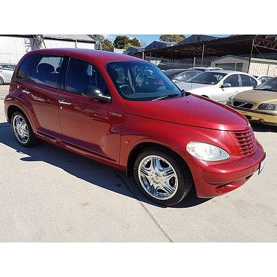 4/2003 Chrysler Pt Cruiser Classic  5d Hatchback Red 2.0L
