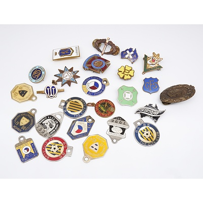 Group of 25 Assorted Badges