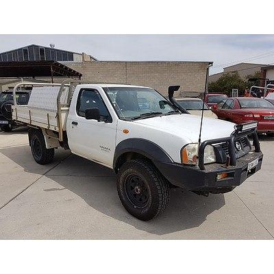 10/2003 Nissan Navara DX (4x4) D22 C/chas White 3.0L