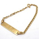 18ct Yellow Gold Name Plate Bracelet, 3.3g