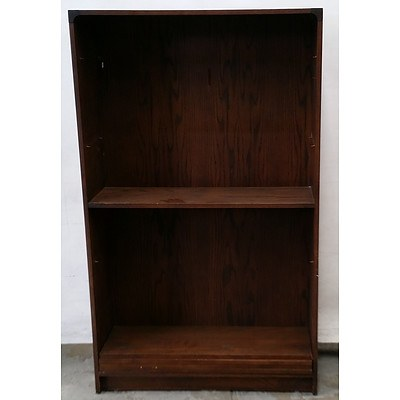 Bookcase in Dark Stained Pine