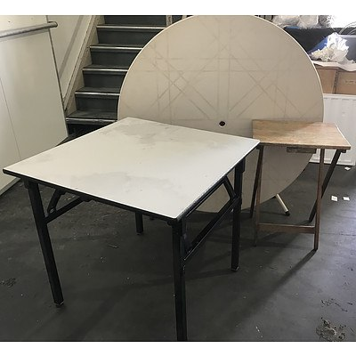 3 Folding Tables