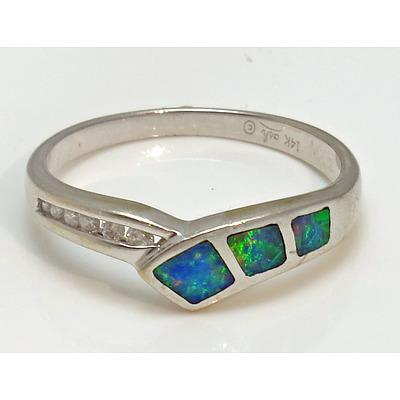 14Ct White Gold Opal & Diamond Ring