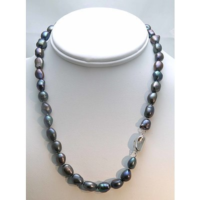 Black Fresh-Water Cultured Pearl Necklace