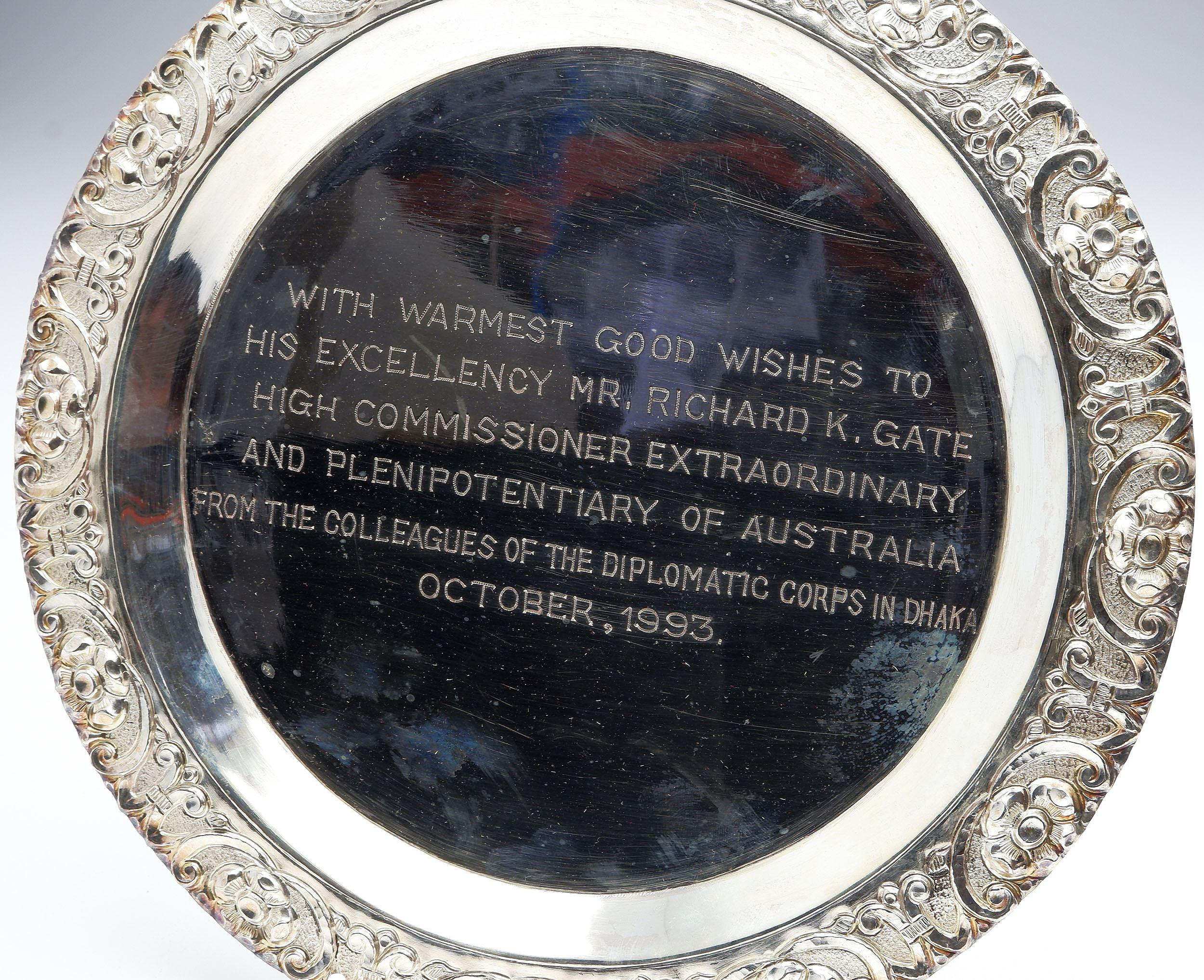 'Heavy Silver Charger Presented to Richard Gate By the Diplomatic Corps in Dhaka 1993,  589g'