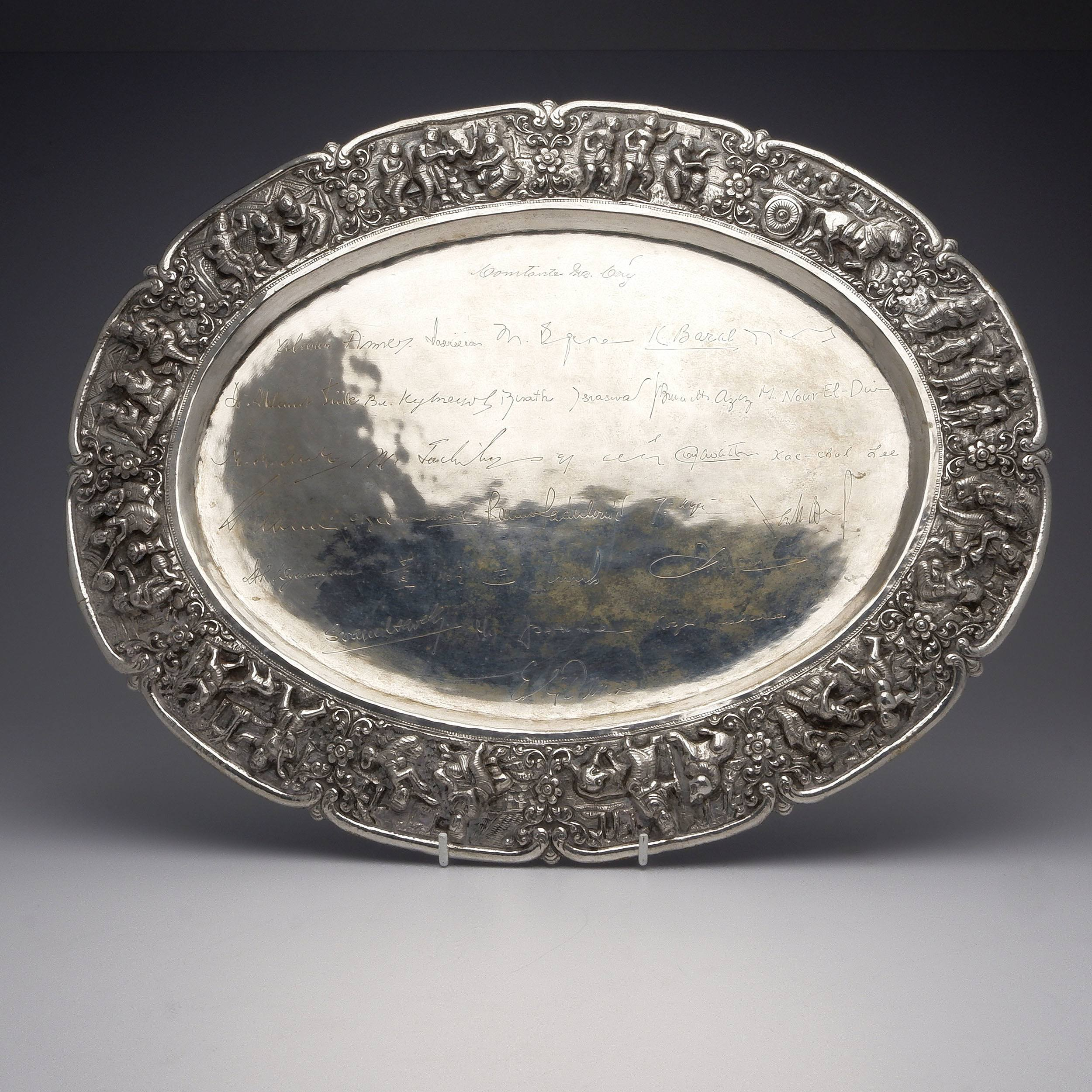 'Large Burmese 950 Silver Tray With Twenty Five Engraved Signatures and Heavily Repousse Border, 1018g'