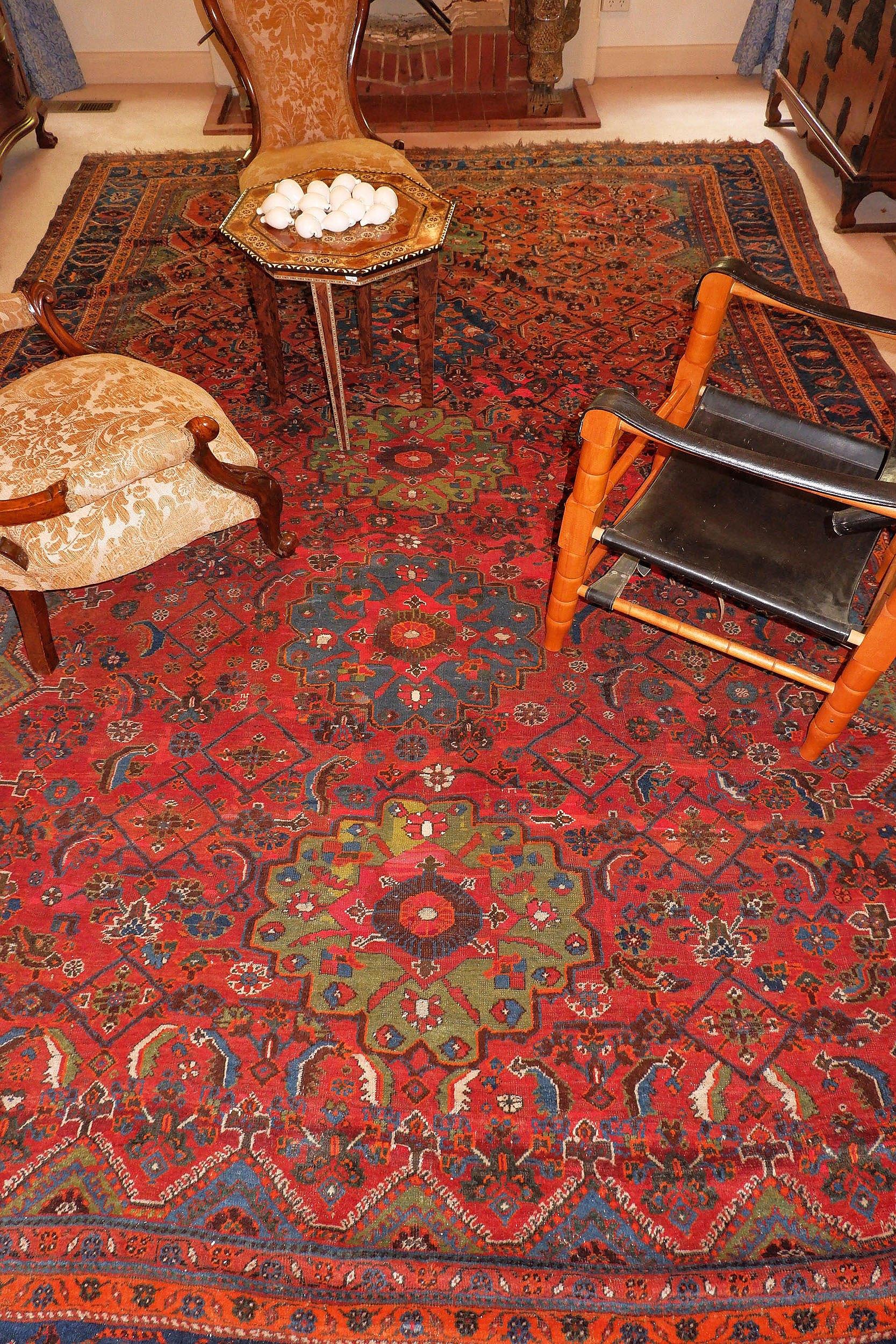 'Fine Semi-Antique Persian Qashqai Carpet'