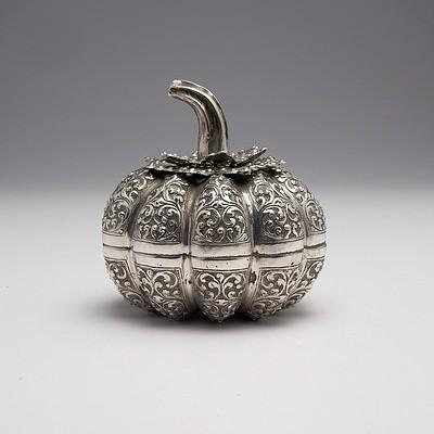 Burmese Repousse Silver Pumpkin Form Box, 183g