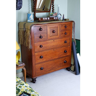 Australian Cedar Chest of Drawers Late 19th Century