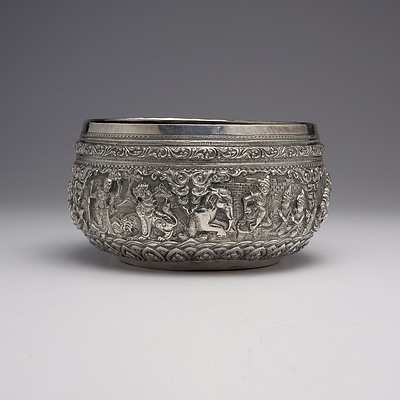 Burmese .9999 Silver Ceremonial Bowl with Heavy Repousse Decoration, 346g