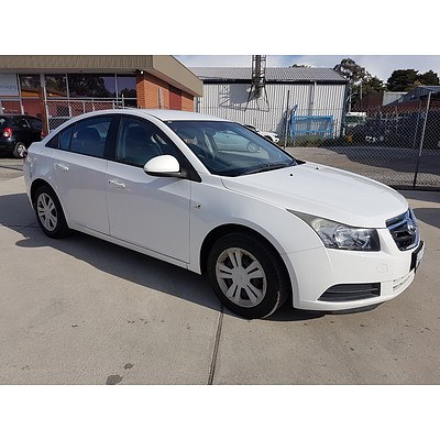 2/2010 Holden Cruze CD JG 4d Sedan White 1.8L